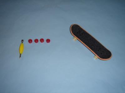 Finger-Skateboard 238