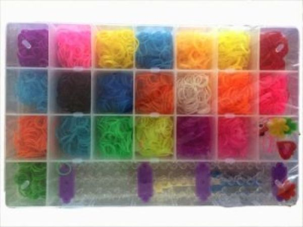Loom Bands Box<br> Gummibänderset XL,<br>4200 + Charms