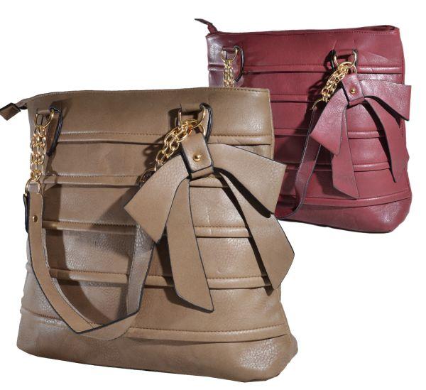 Modische Tasche<br>mit Deko Schleife