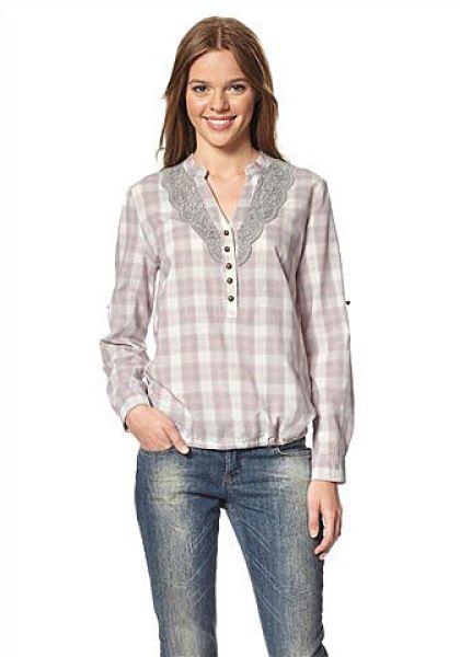 Pink plaid blouse<br> crochet stuff<br>sleeve gray