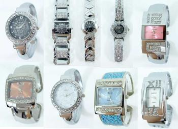 Mixed items of noble ladies watches with rhineston