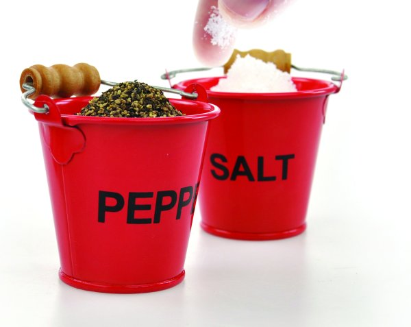 Salt and pepper<br>spice bucket