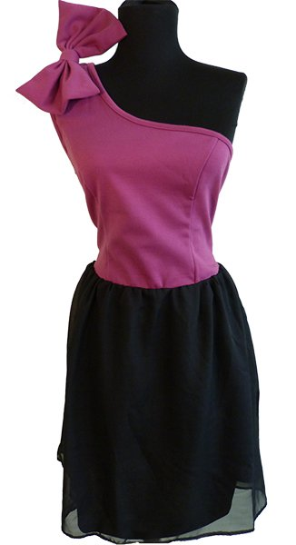 Damenmode Kleider,<br>Röcke, Blusen