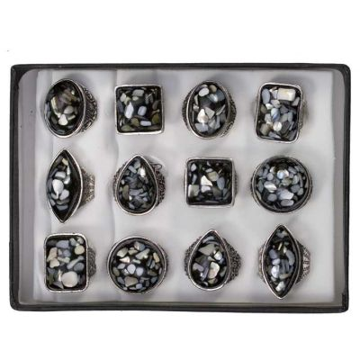 Range of pearl<br> rings, black - new<br>design!