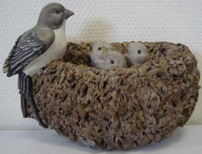 Deko-Vogelnest Vogelfamilie
