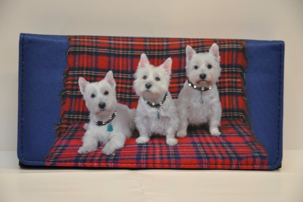 wallet with 3 dogs<br>print on tartan