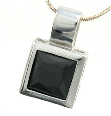 Pendant with Cubic Zirconia