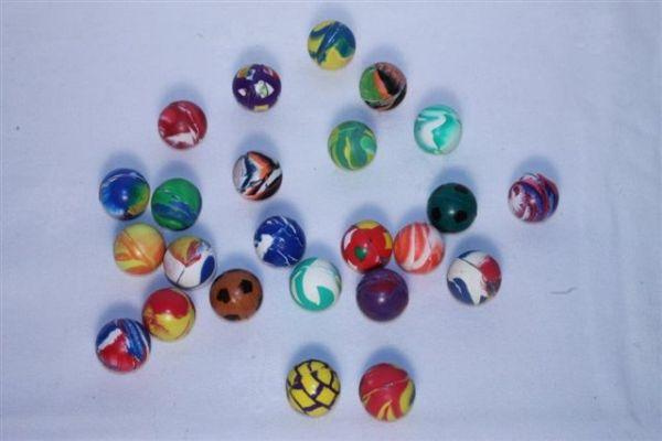 Gekleurde rubberen<br>bal, 27mm