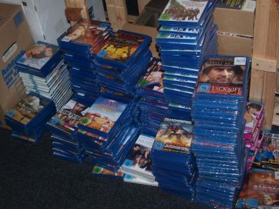 Blu-Ray Posten mit<br>50 Blu-Rays NEUWARE