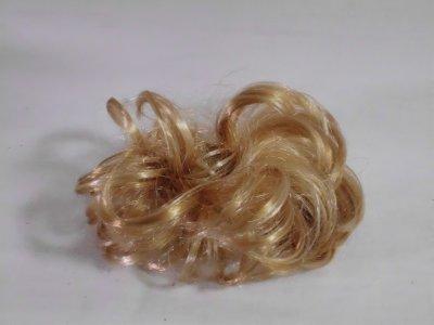 Blond włosy krawat