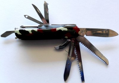 Pocket Knives 12 pieces