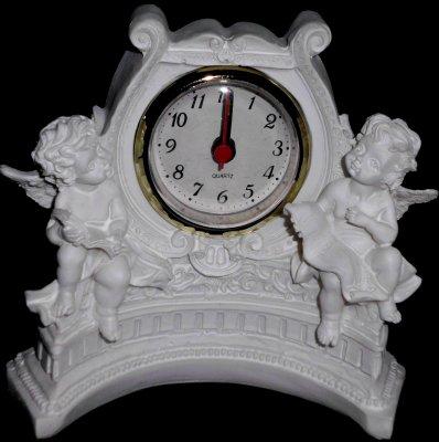 Engel Weiß mit Uhr