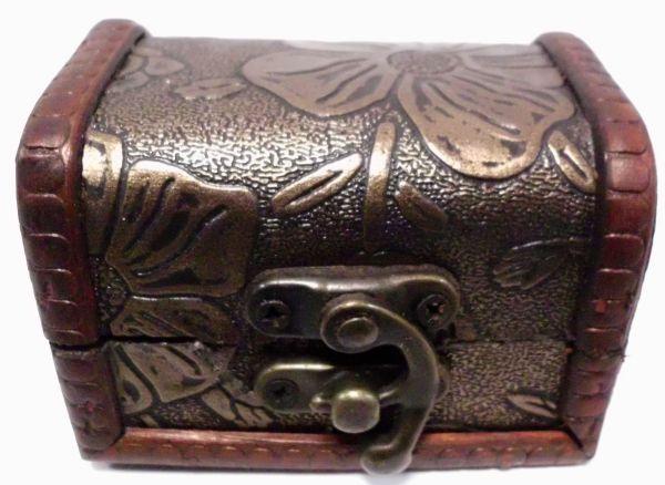 Geschenkbox aus Holz  8cm