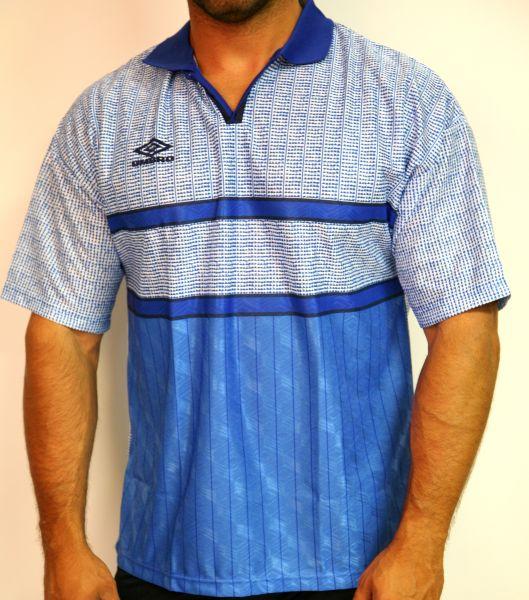Poloshirt Sportshirt von Umbro Blau Weiß