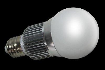 LED Globe 7W, 400 Lumen, E27