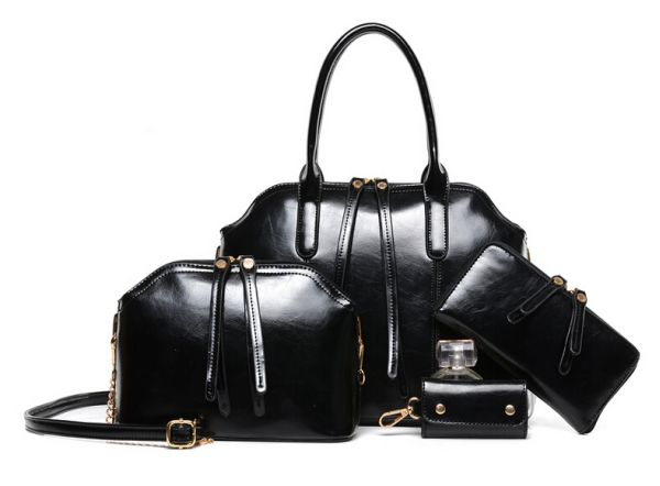 Bags 4-piece set<br>in black