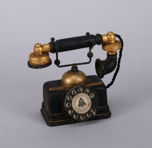 DECO TELEPHONE /<br>POLY, dim = 16x19 cm