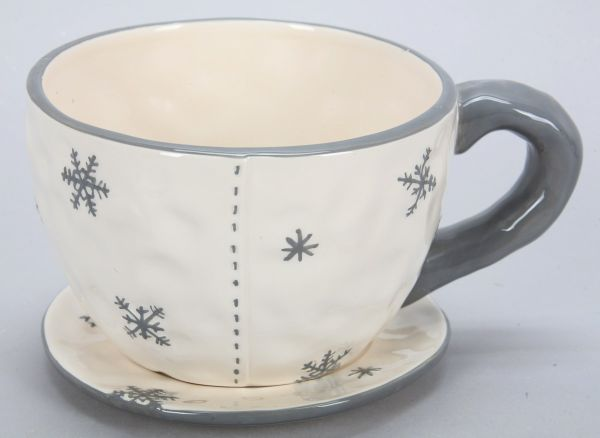 Ceramic cup, size<br>15 x 10 cm