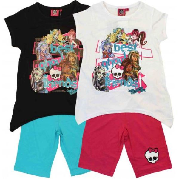 "T-shirt and shorts ""Monster High""."