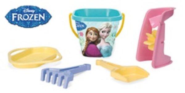 Set the sand for<br> the sandbox,<br>frozen, Elsa