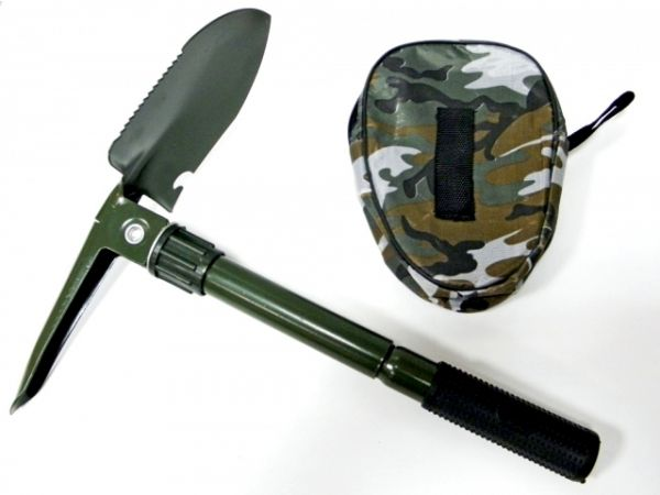 Shovel, pickaxe,<br> folding saw with<br>case