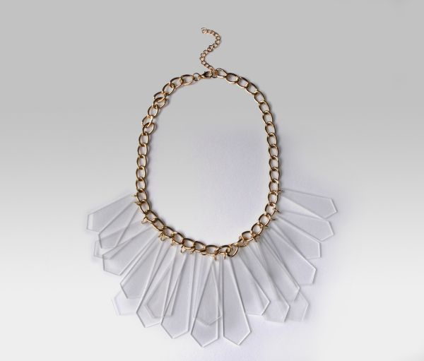 Gold necklace -<br> choker transparent<br>details