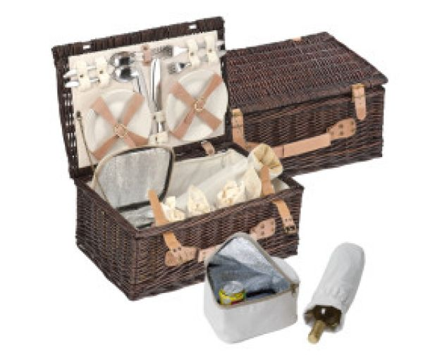 Picnic Baskets<br>Wicker / 4 P.