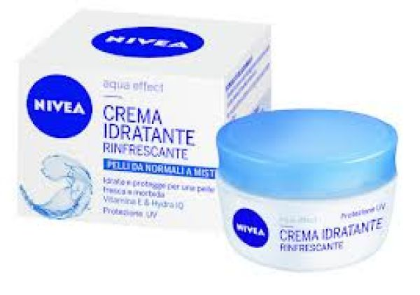NIVEA REFRESHING MOISTURIZING CREAM 50 ML.