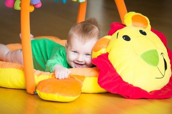 LULLABABY activity<br>playgym playmat LION