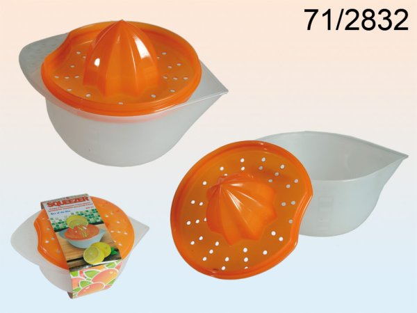 Plastic orange<br> &amp; lemon<br> squeezer, about 17 ...