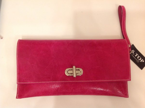 Genuine leather<br>clutch bag