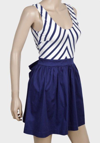 Mode Frauen<br> kommend<br>Strickkleid ASOS