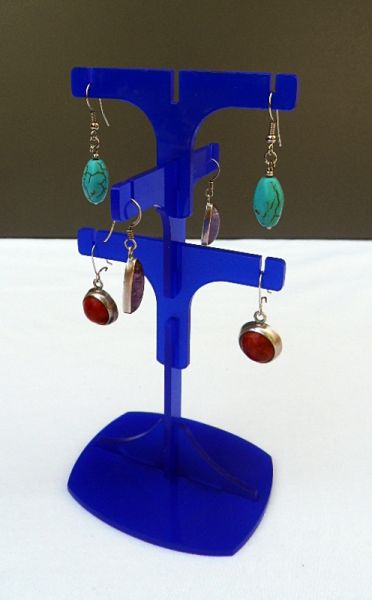 Dangling earrings<br> jewelry stand,<br>acrylic, 550