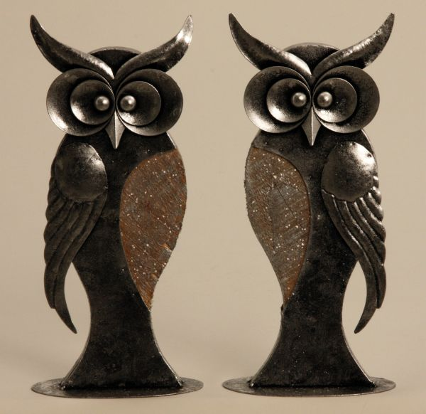 Metal owl with<br> wooden bowl 33cm<br>Garden Decoration