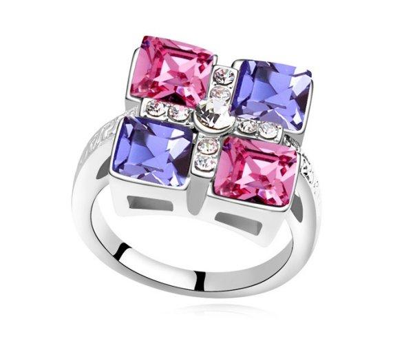 rhodium plated<br> ring mounted<br>Swarovski crystals